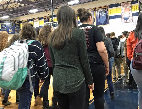 Jefferson Students Engage in Parkland Remembrance